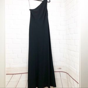 Ralph Lauren floor length one shoulder gown